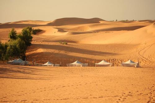 롬플 사막(The Lompoul Desert)